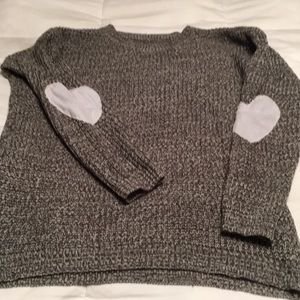 Sweaters - REPOSH hearts on elbows sweater